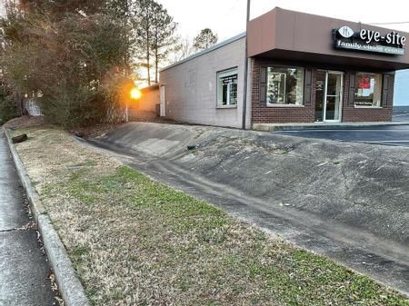 preview image for Nelson Brogdon Boulevard - Bump To Gap