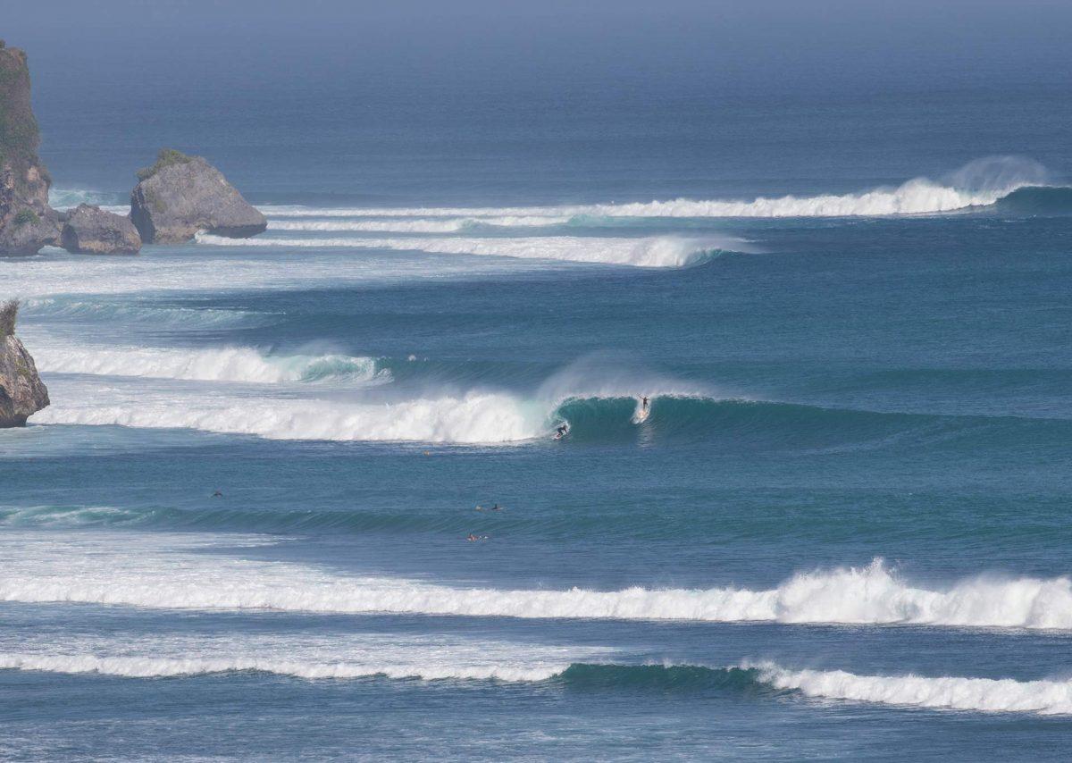 Surf Padang Padang Bali Indonesia