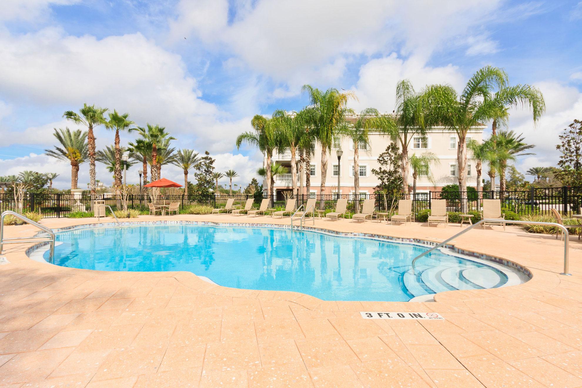 Villas Reunion Pool