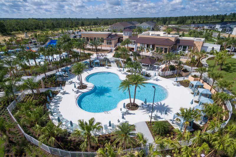 Solara Resor Grand pool
