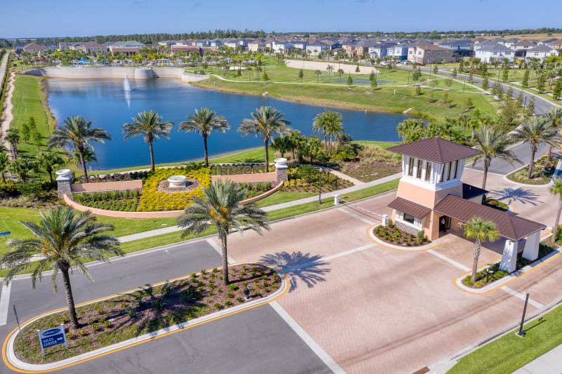 Solara resort lake