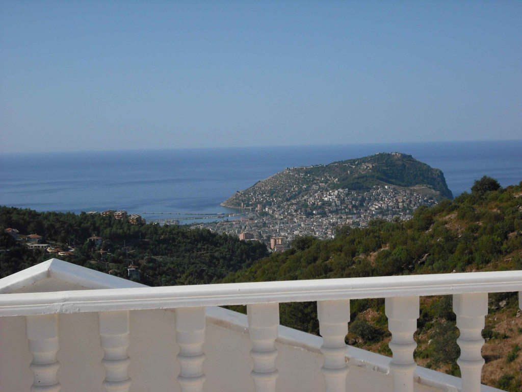 Majestic Alanya Castle, harbour and sea view from your Dream villa