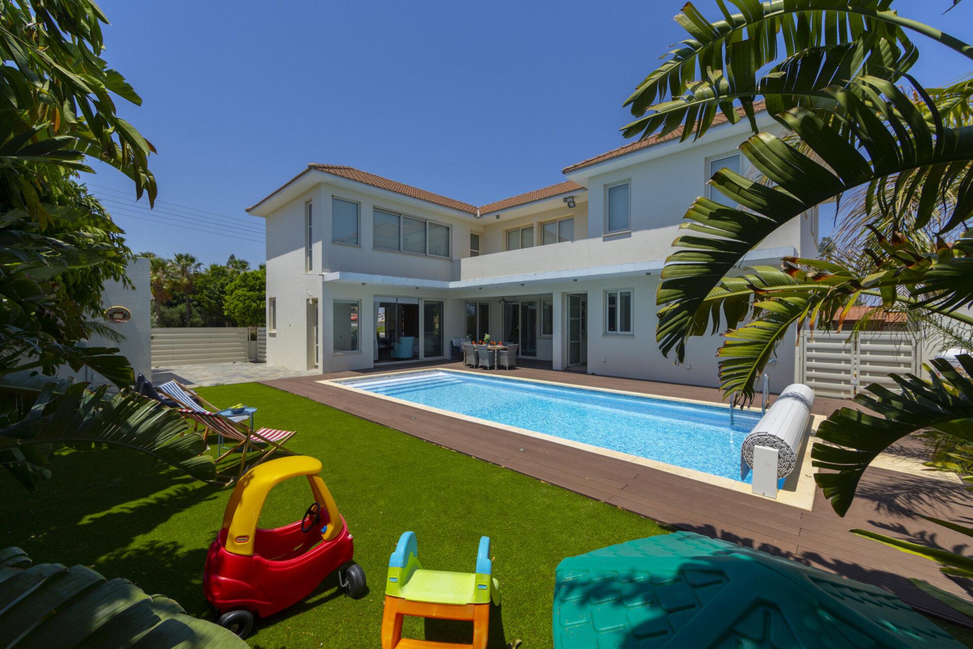 Larnaca Villa 1397