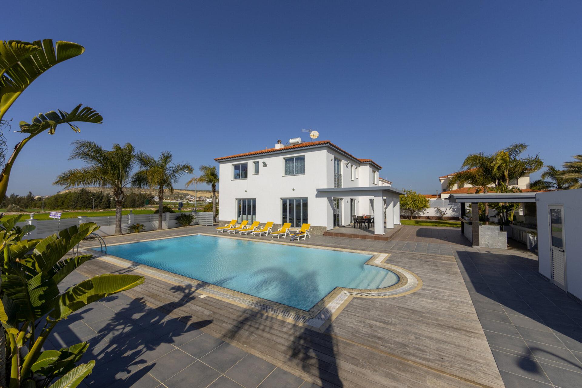 Larnaca Villa 1398