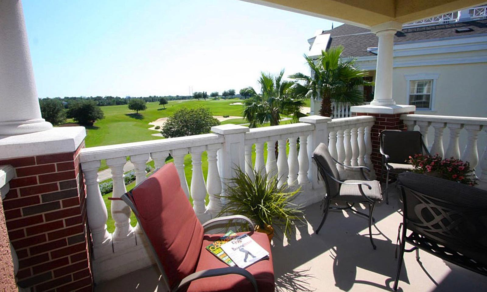 [amenities:Balcony-with-Golf-View:1] Balcony with Golf View
