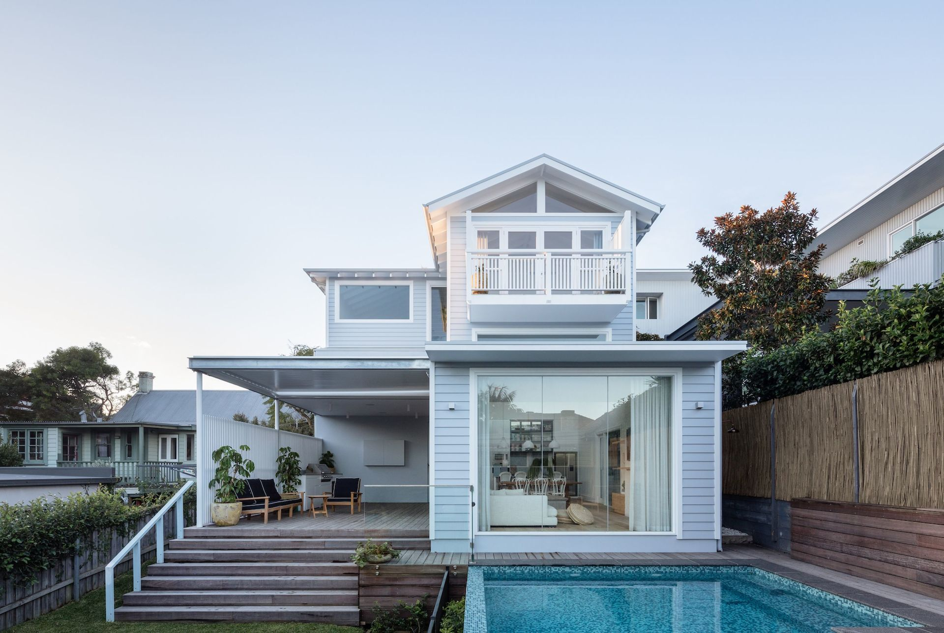 this four bedrooms holiday beach house