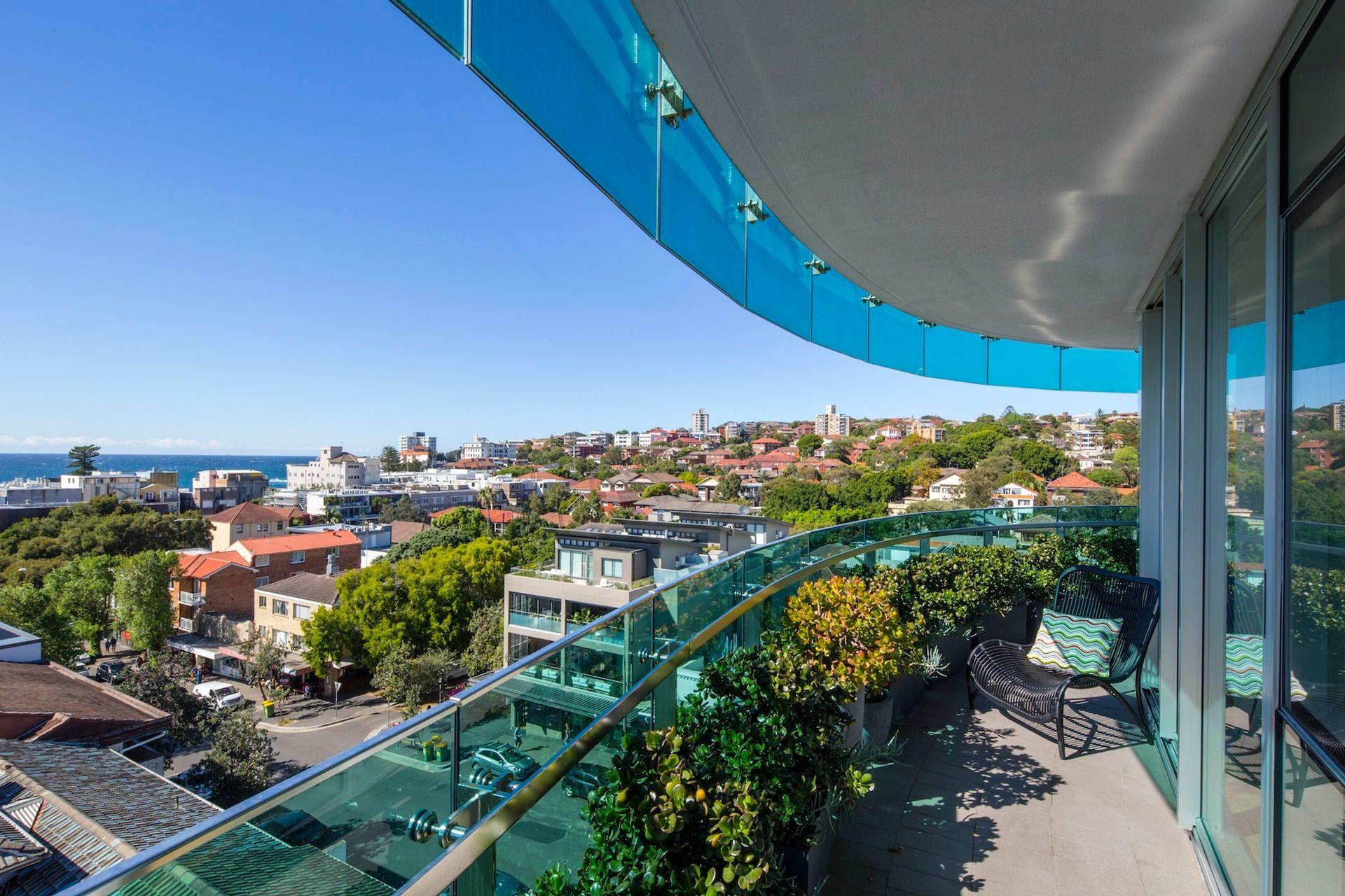 Stunning balcony with city views