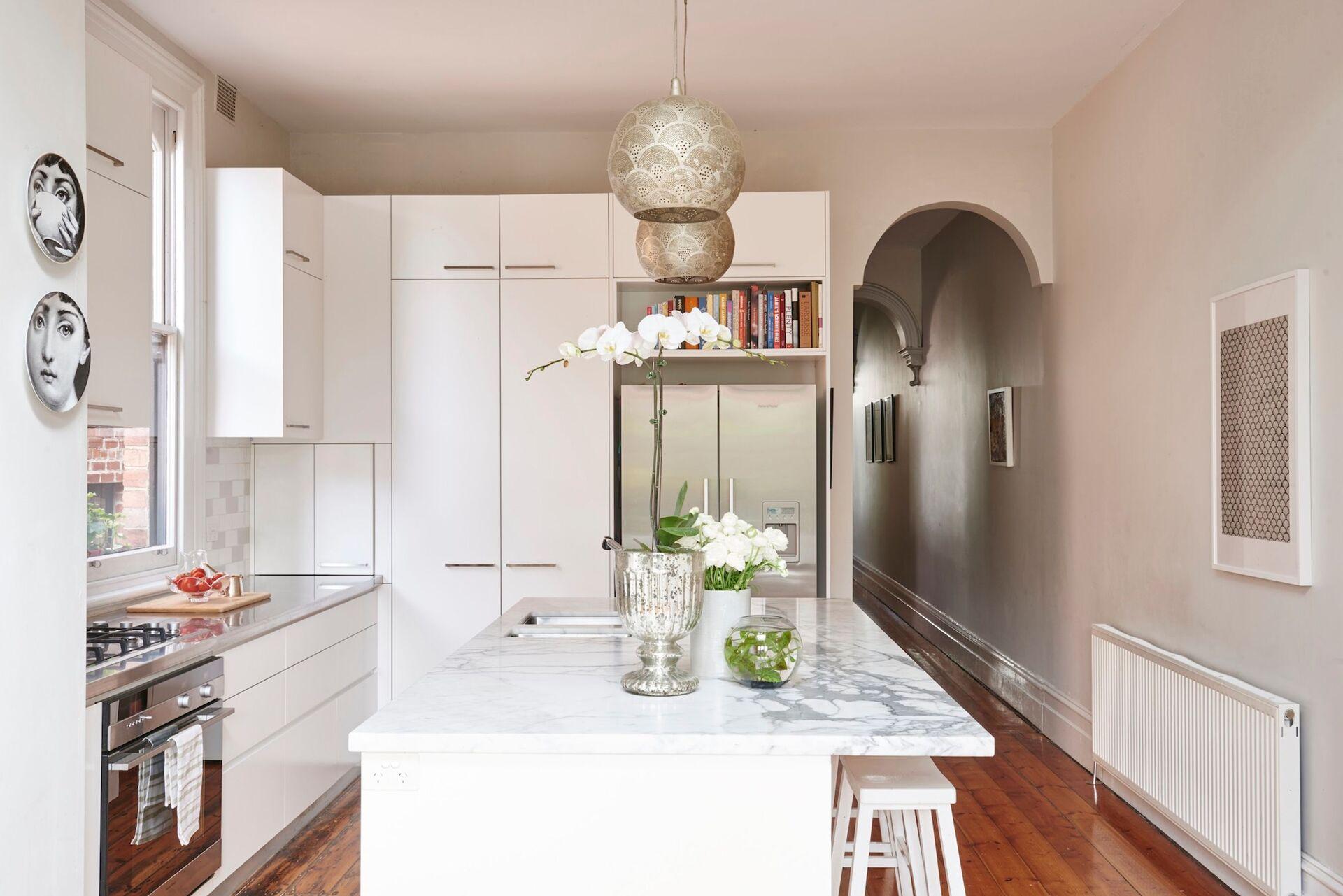 marble style kitchen