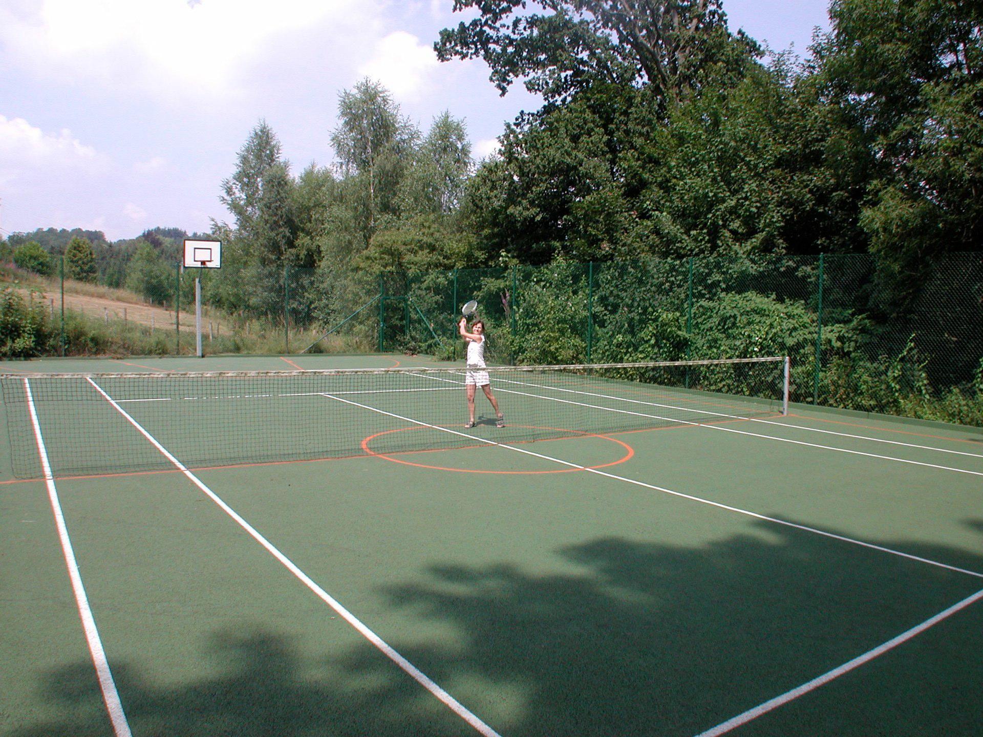 Domaine des Officiers - Tenniscourt