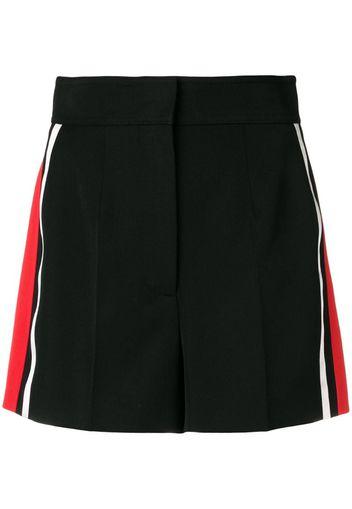 Shorts con dettaglio a righe