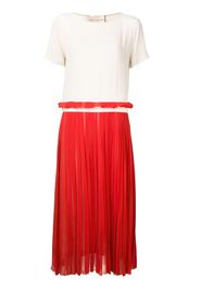 contrast pleated dress