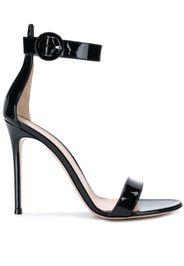 Sandali con tacco stiletto