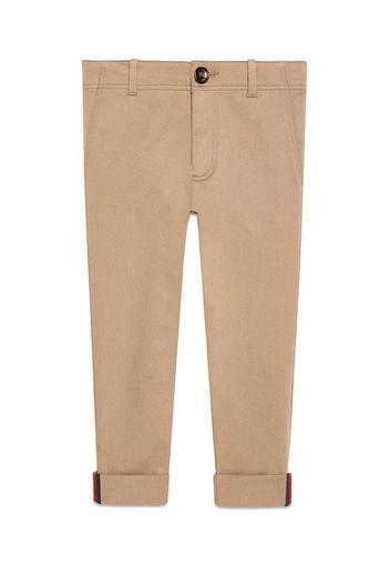Pantalone in gabardina con dettaglio Web