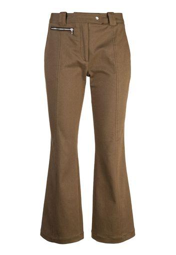 Pantaloni crop svasati