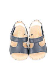 Sandali con punta aperta