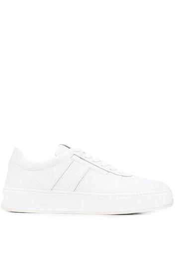Sneakers con dettaglio cuciture