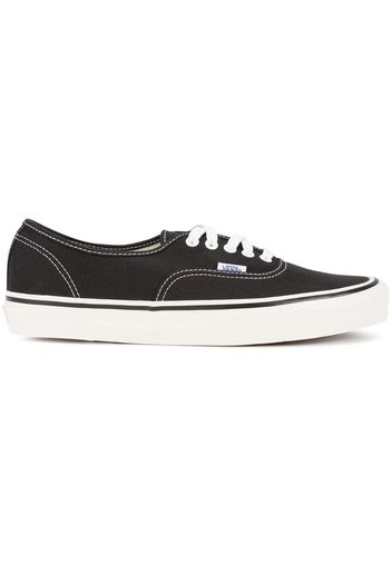 Black Authentic 44 DX Trainers