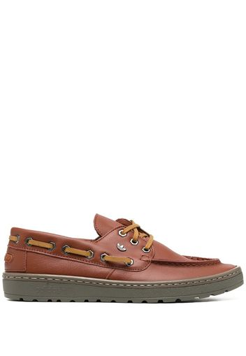 casual boat shoes