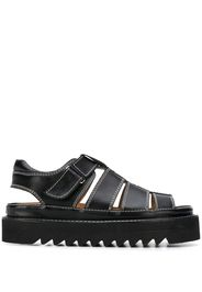 ridged sole strappy sandals