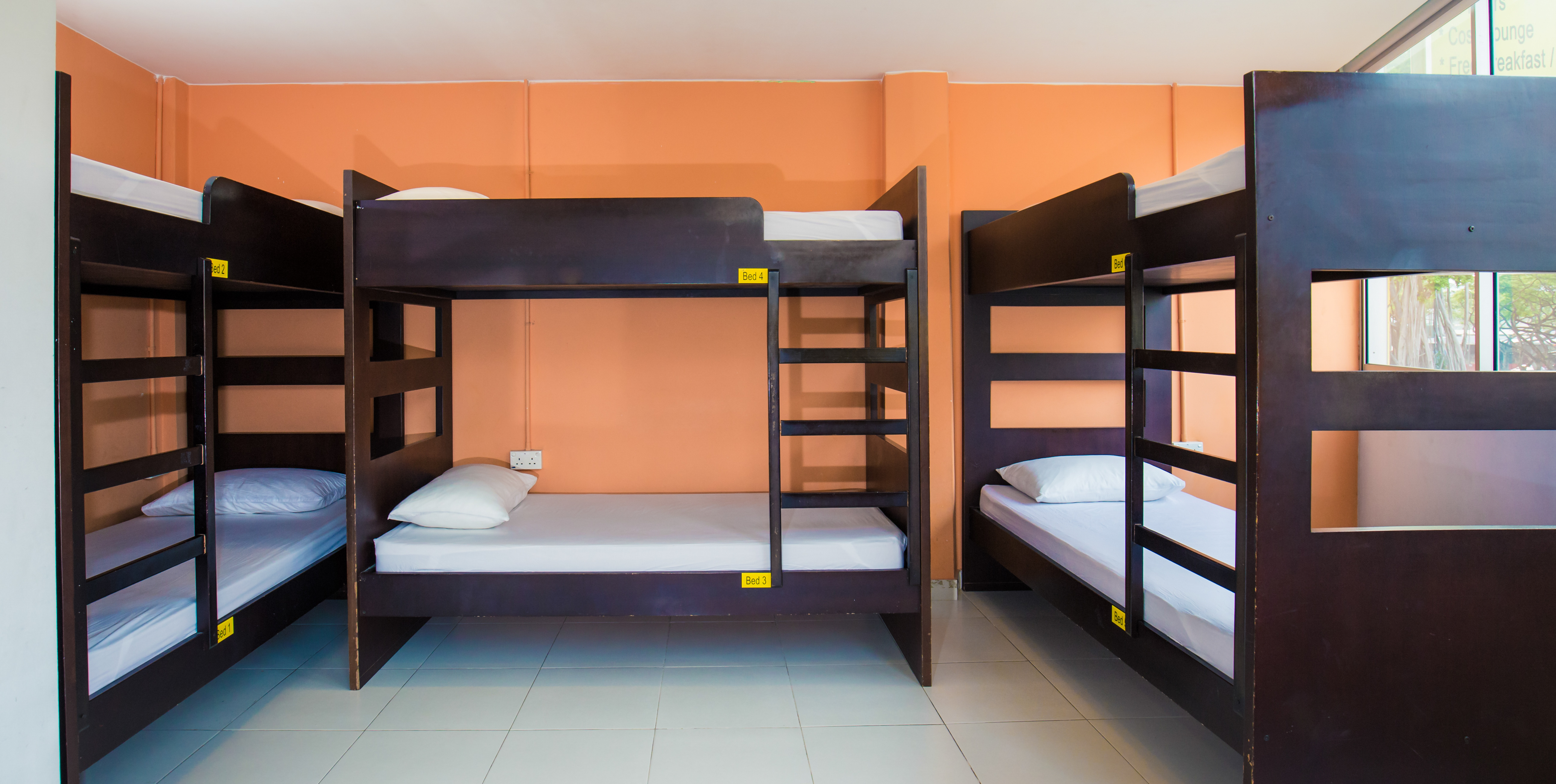 6 Bed Example