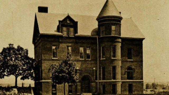 Gallaudet_boys_dormitory_designed_by_Olof_Hanson_1897 (1)