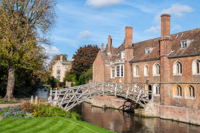 cambridge_river_cam_mathematical_bridge
