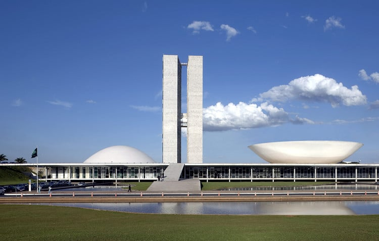 National Congress of Brazil Oscar Niemeyer