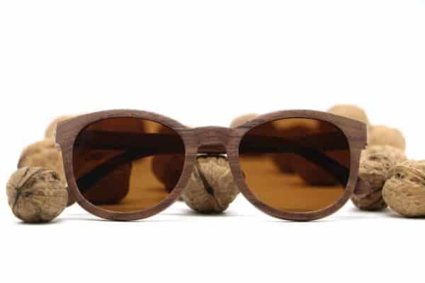 Sonnenbrille aus Walnussholz