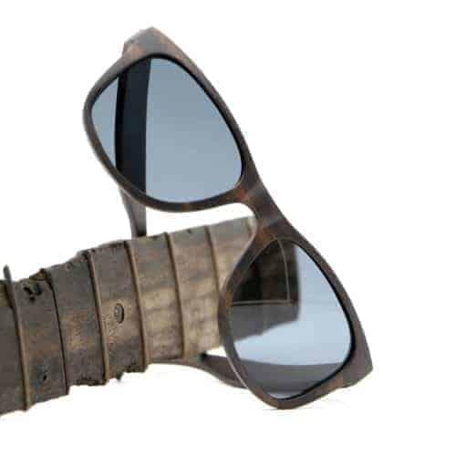 Sonnenbrille aus Ebenholz