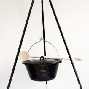 Tripod for outdoor Cooking
