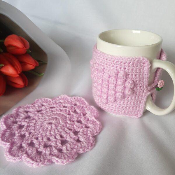 Heart patterned mug cosy - product image 4