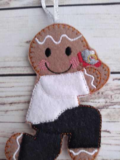 Marriage proposal gingerbread man, Christmas engagement tree decoration - product image 3