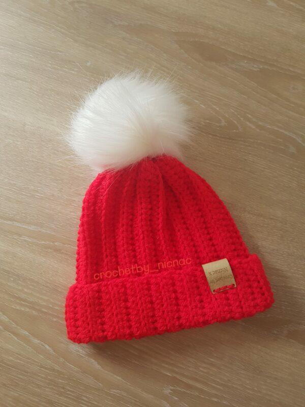 Crocheted beanie pom pom hat - main product image