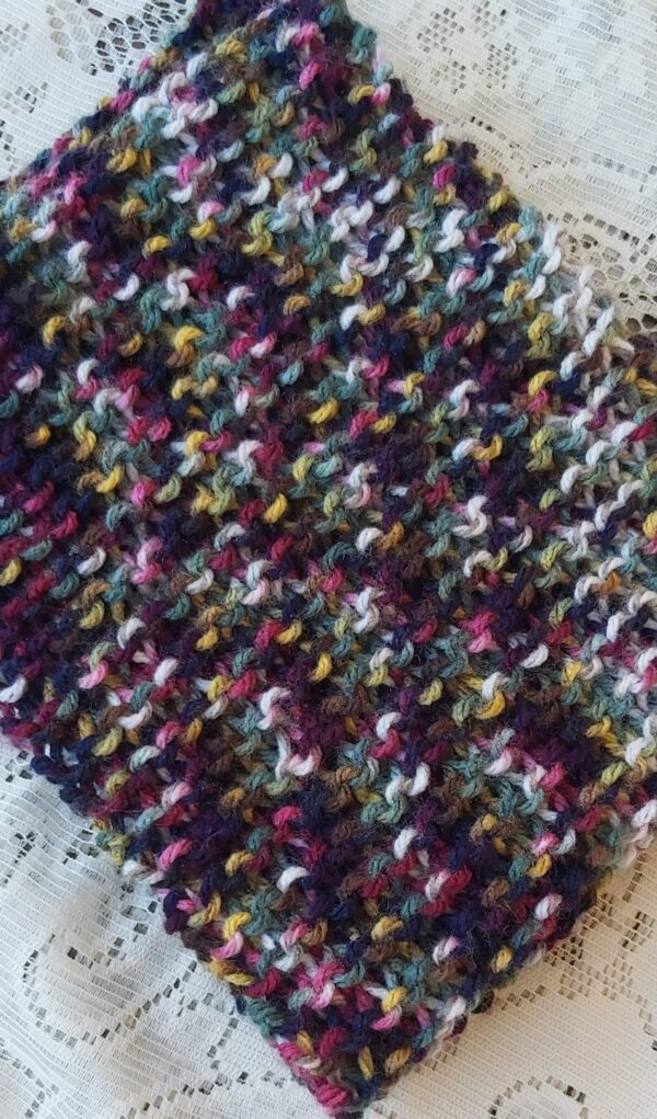 Warm and Cosy Snood - product image 3