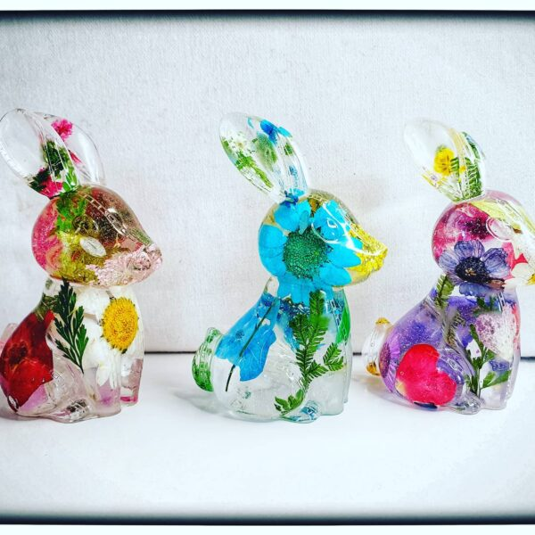 Resin flower rabbits - main product image