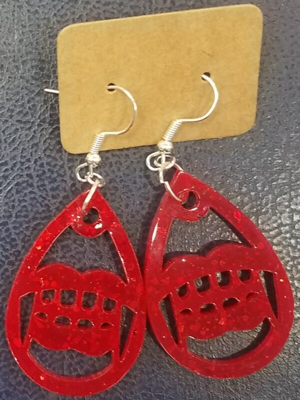 Sparkly red vampire fang earrings - main product image