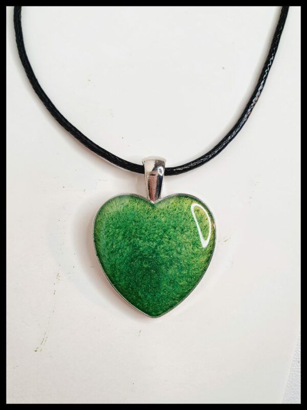 Resin necklace - main product image