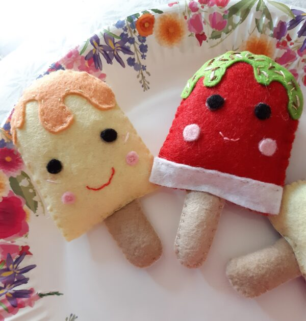Felt ice lollies play food/ decorations - product image 4