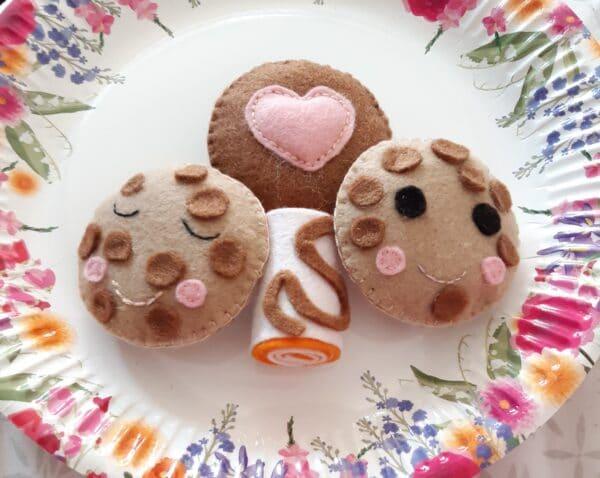 Handmade felt set of cookies and cake play food - product image 3
