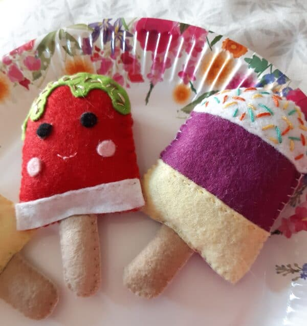 Felt ice lollies play food/ decorations - product image 3