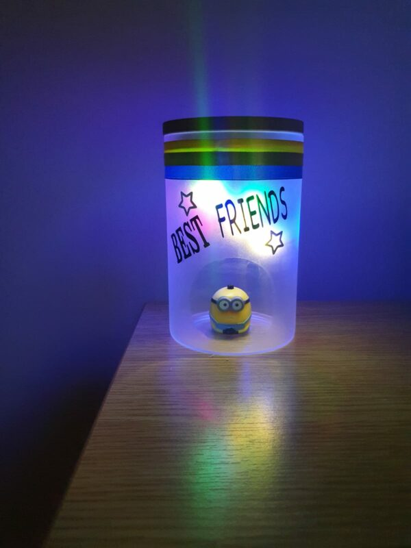 Best Friend Minion lamp - product image 5