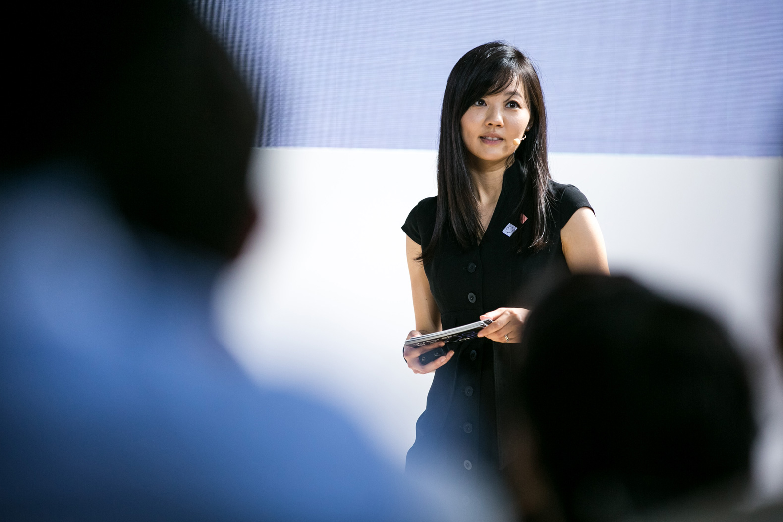 Poster design jobs london - Ux Lead Madoka Katayama Hosts The Span Tokyo Conference