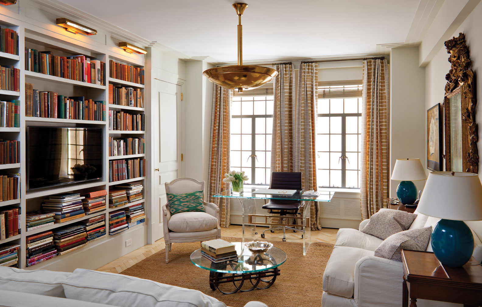 House Tour A Mix Of Old And New On The Upper West Side Apartment Therapy