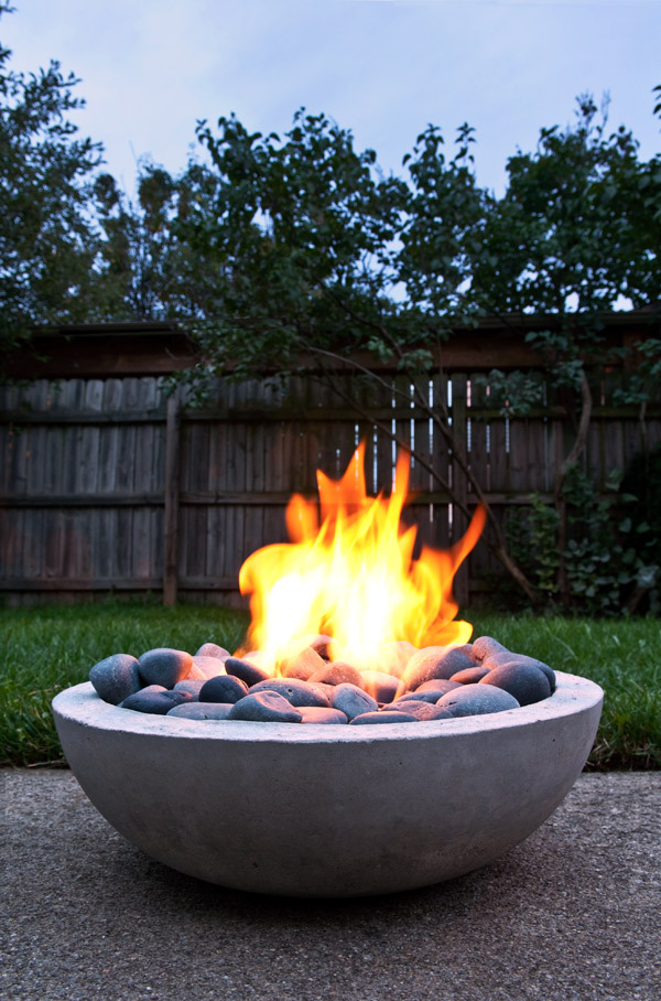 Make Your Own Modern Concrete Fire Pit Apartment Therapy