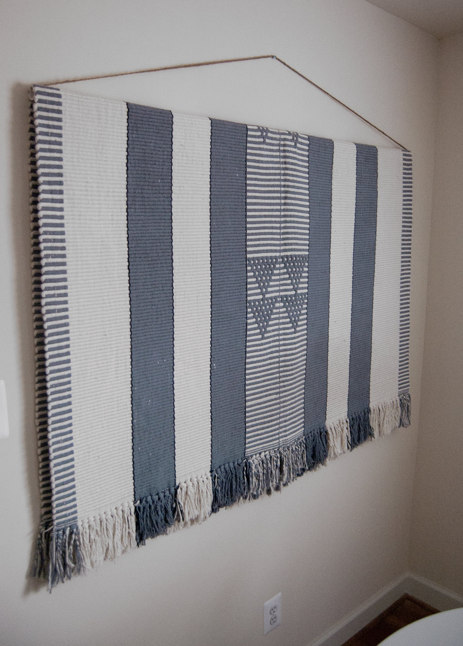 How To Hang A Large Heavy Rug On The Wall