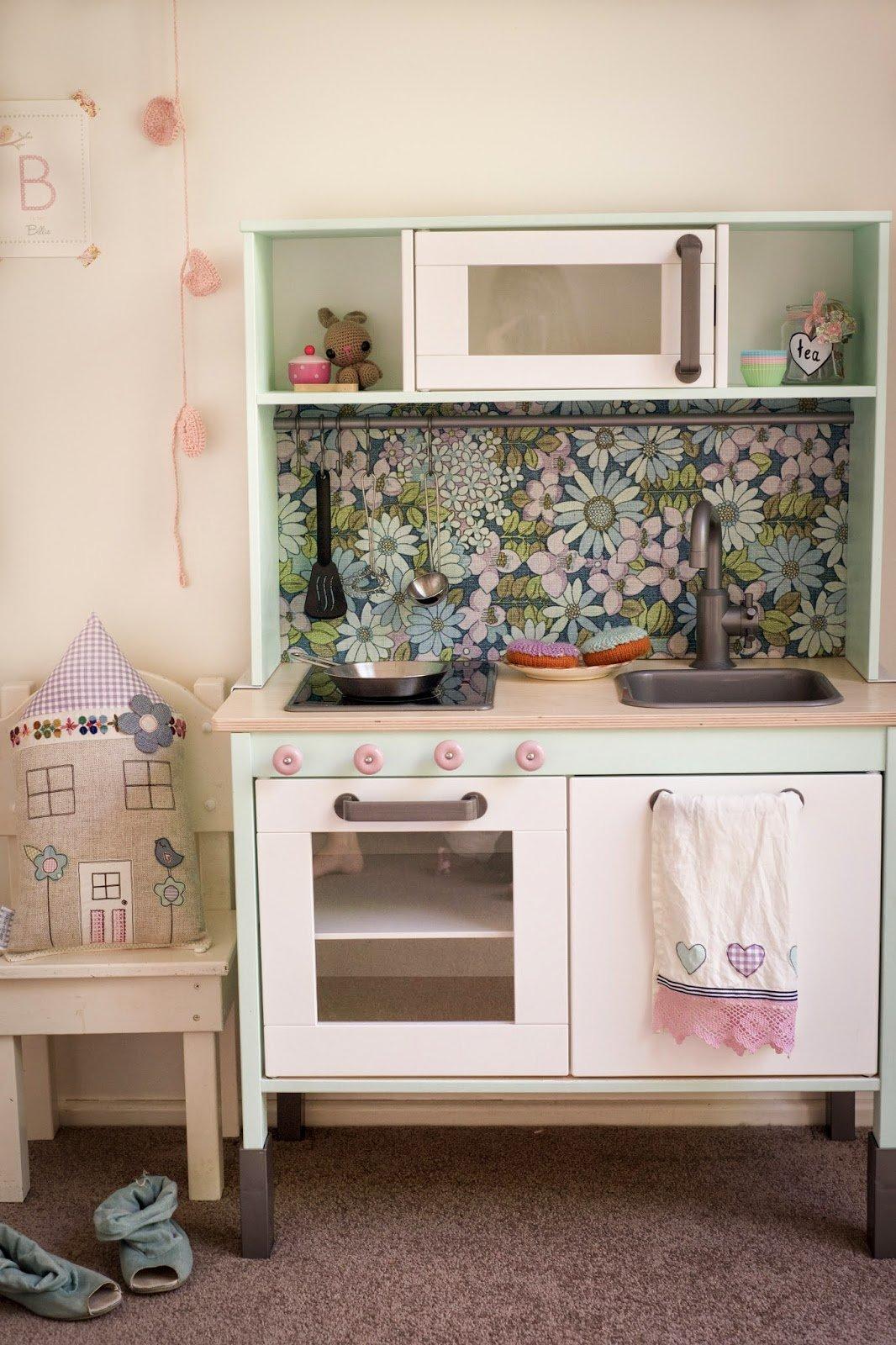 IKEA Play Kitchen - 15 DUKTIG Hacks | Apartment Therapy