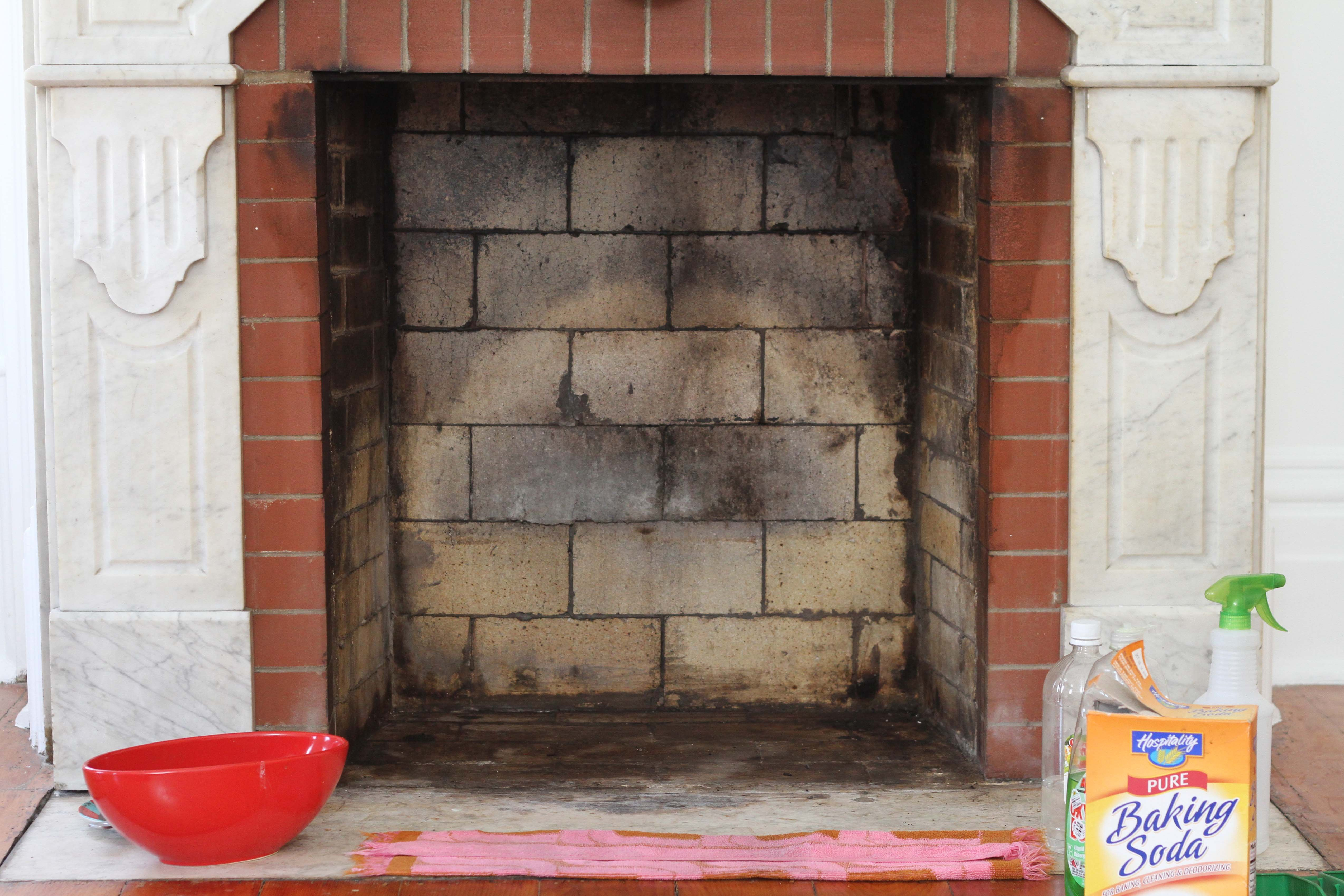 Fine How To Clean A Brick Fireplace With Natural Cleaners Home Interior And Landscaping Eliaenasavecom