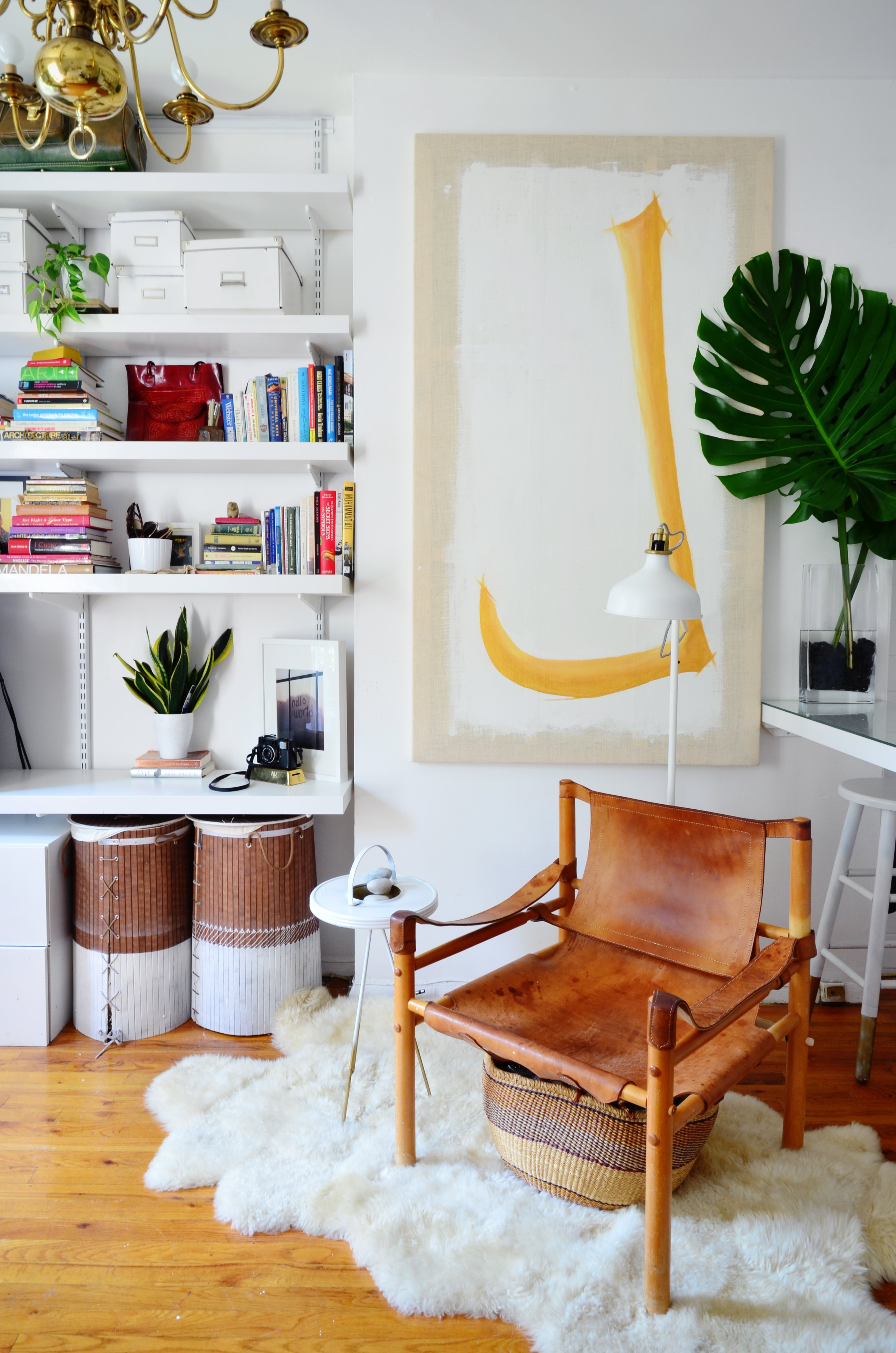 How To Arrange Your Furniture in a Studio Apartment ...
