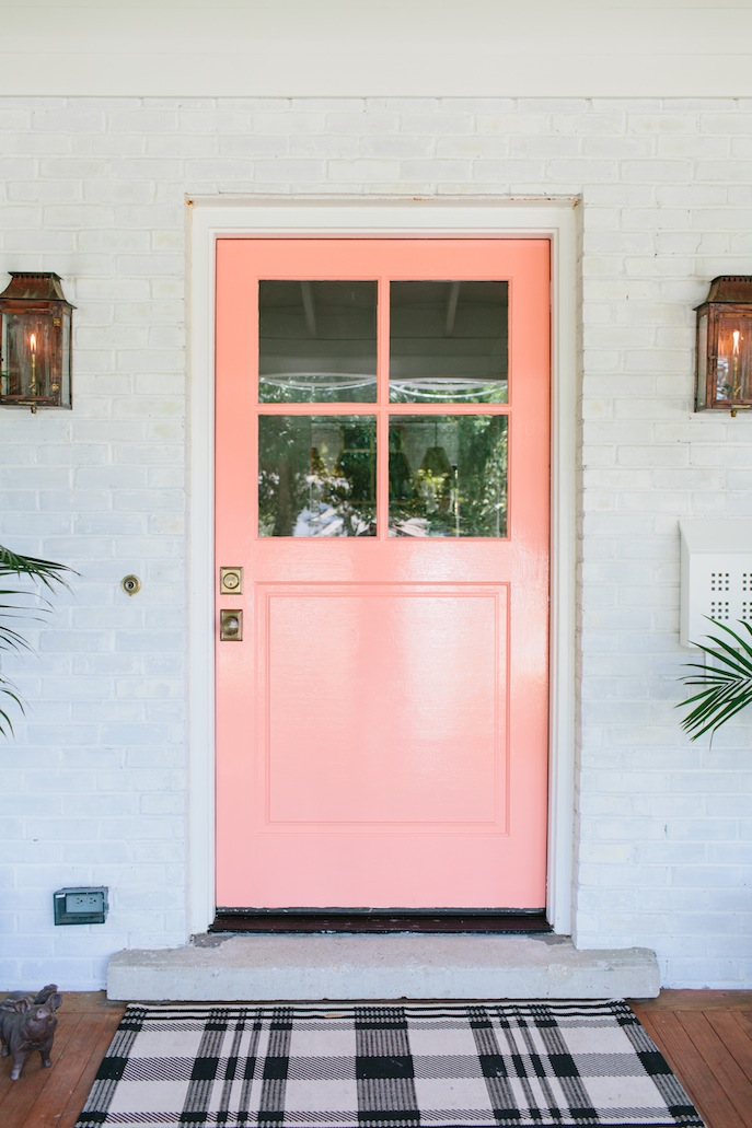 8 Unusually Beautiful Front Door Colors Youu0027d Never Think To Try   Apartment  Therapy