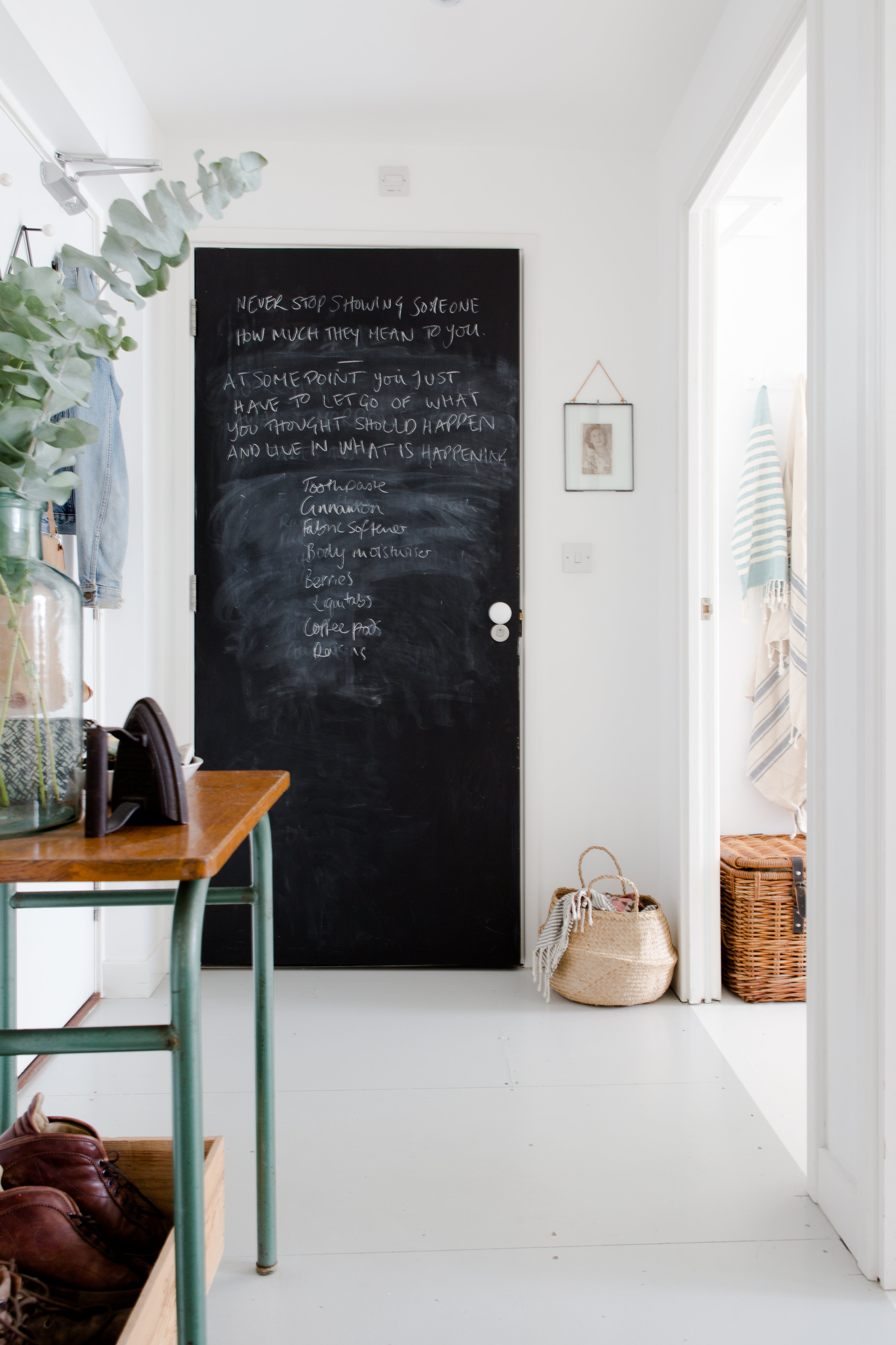 How To Touch Up Match Paint Like A Pro Apartment Therapy